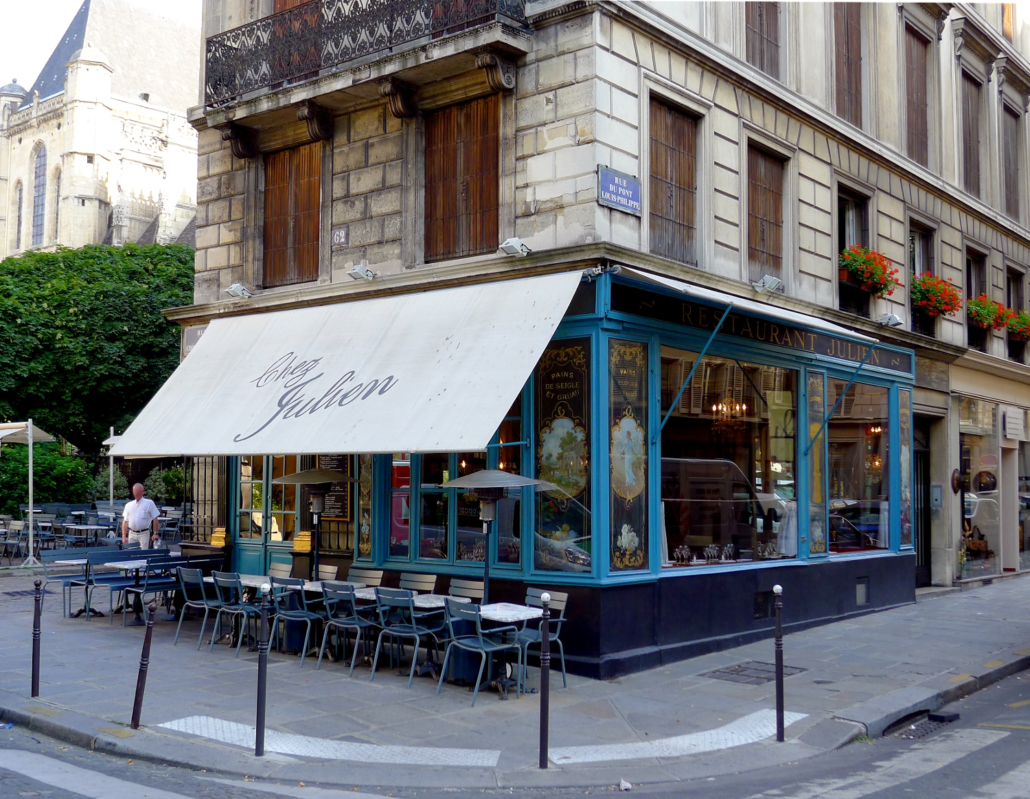 Chez Julien Paris